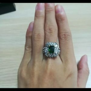 Jewelry - BEAUTIFUL cocktail Fashion ring! 925 silver